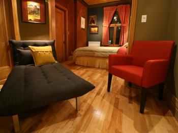 Juillard Suite, sitting area