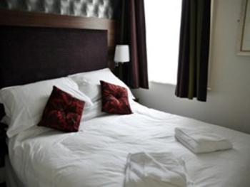 Double room-Budget-Ensuite-Compact