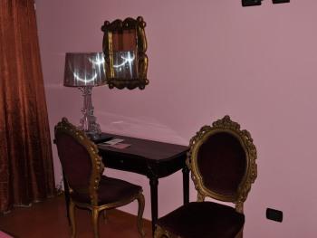 Scrittoio camera