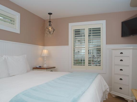 Double room-Ensuite-Standard-Ocean View-Wharf, 1st floor,  1 King