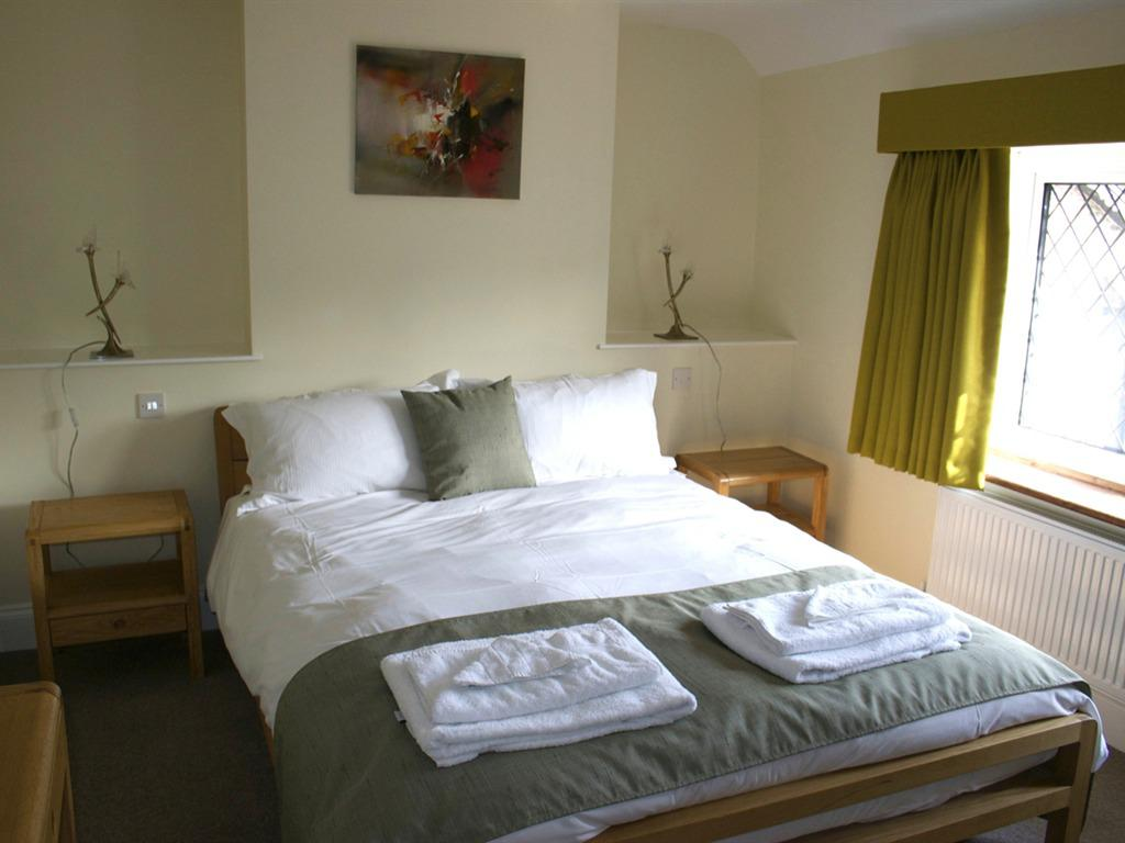 Deluxe Family Suite (2 Adults)