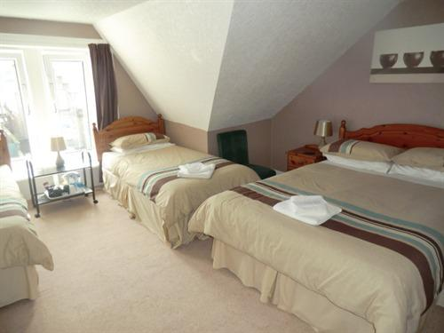 Family room-Ensuite-2 Adults + 2 child - Base Rate