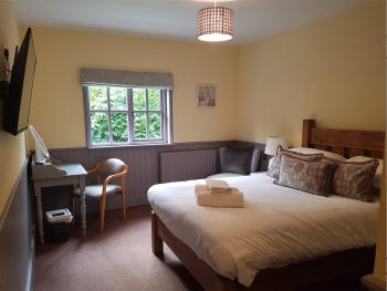 Double room-Executive-Ensuite with Shower-Garden View-Stable Courtyard Executiv - Double room-Executive-Ensuite with Shower-Garden View-Stable Courtyard Executiv