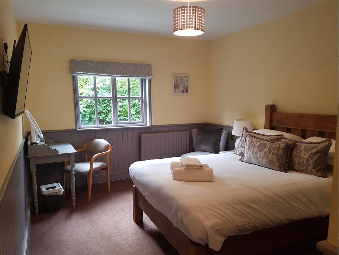 Double room-Executive-Ensuite with Shower-Garden View-Stable Courtyard Executiv