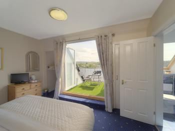 Room 2 (Superior double with balcony)