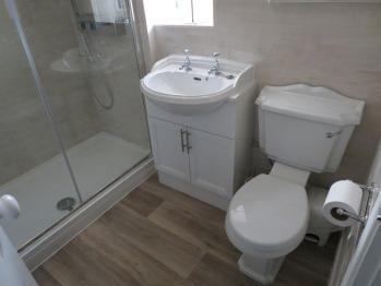 New En suite shower room