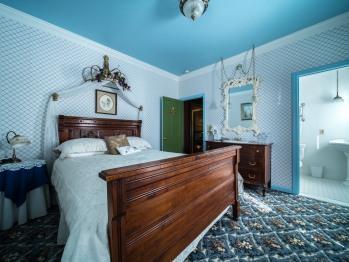 Double room-Ensuite-Standard-Queen Elizabeth Room - Double room-Ensuite-Standard-Queen Elizabeth Room