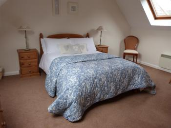 Bluebell Cottage double bedroom (self catering)
