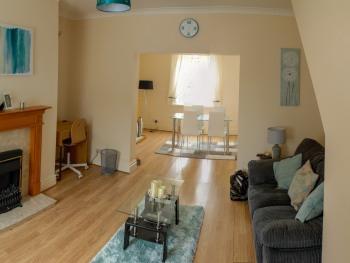 George Street Cottage - Lounge/Dining Room