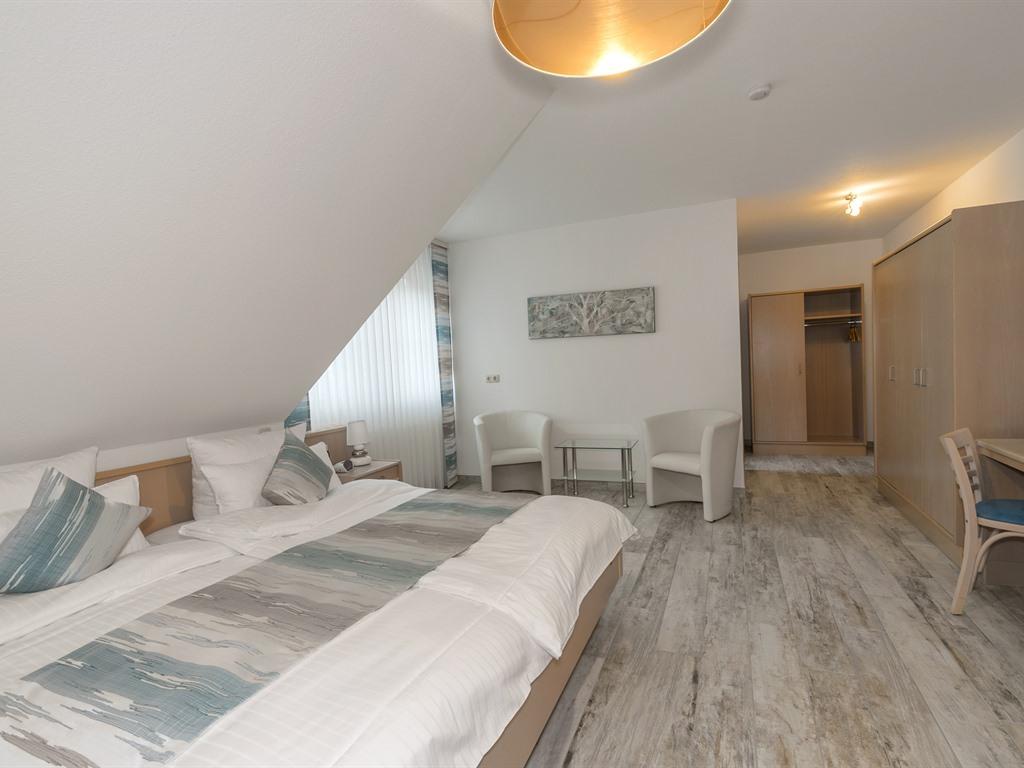 Doppelzimmer-Familie-Ensuite Dusche-optional mit Kinderzimmer - Basistarif
