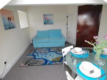 Apartment 4 - Lounge